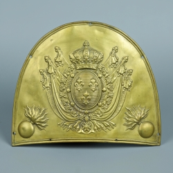 PLAQUE DE TROUPE DE BONNET D'OURSON DE LA GARDE ROYALE 1816 -1830