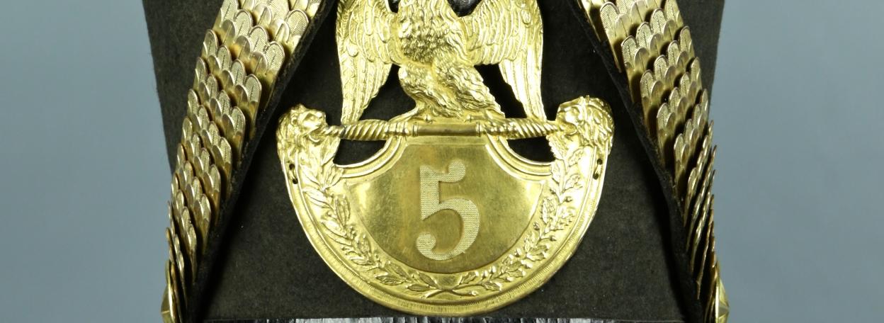 SHAKO D'OFFICIER DU 5ème REGIMENT D'INFANTERIE DE LA LIGNE MODELE 1812 - PREMIER EMPIRE