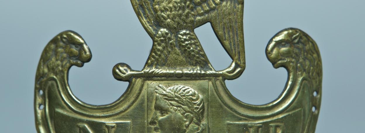 PLAQUE DE SHAKO FANTAISIE DE TROUPE DU 54ème REGIMENT DE LIGNE - MODELE 1810 /1812