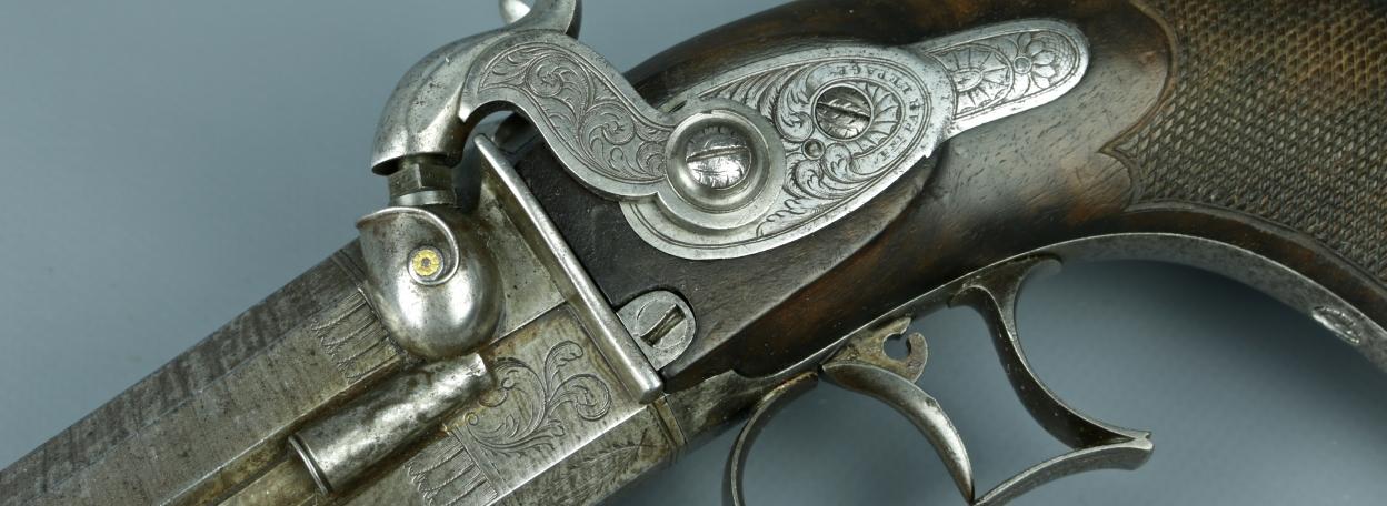 pistolet 2 coups