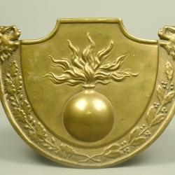 PLAQUE DE SHAKO D'ARTILERIE MODELE 1820 DU CANTON ST GALL - SUISSE